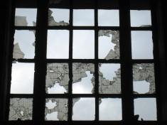 Das Bild Beautiful Decay wurde bei flickr unter derCreative Commons Licensevonfabonthemoon veröffentlicht
